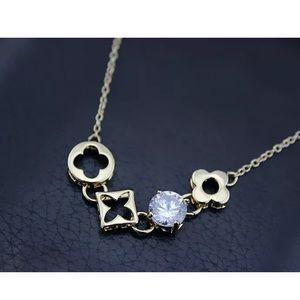 Jewelry - 18KT Four Leaf Clover Flower Diamond Necklace